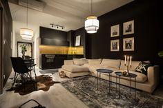 Byt s prívlastkom sexi. Tu hrajú prvé husle zlato a čierna   DOMA.SK Home Staging, Conference Room, Couch, Table, Furniture, Home Decor, Ideas, Settee, Decoration Home