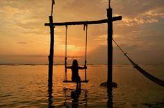 Let your dreams guide you to the most beautiful places.... Gili TrawanganLombok @travelbloggeres #iamtb #travel #instatravel #mytravelgram #ilovetravel #travelgram #traveling #indonesia #lombok #wonder #backpacking