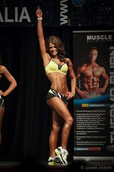 Im obsessed with this chick....Clean Eating Diet Plan and motivational blog by Sophie Guidolin