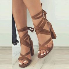Summer last call. Big sale for sandals, which let you be in beauty in the whole summer. How about this sandals, elegant and unique.