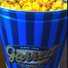 Garrett popcorn's Chicago mix.