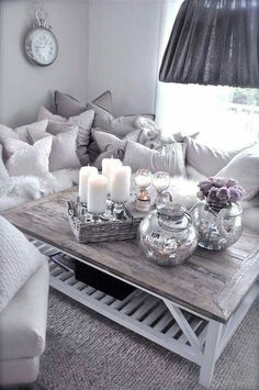 This lounge setting is so beautiful, so cosy and fluffy.