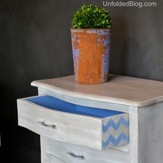 A Weathered Wood Look, From Annie Sloan's New Book - Annie Sloan Unfolded