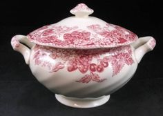 Johnson Brothers STRAWBERRY FAIR PINK Sugar Bowl with Lid GREAT CONDITION #JOHNSONBROTHERS