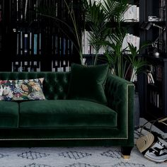 Tailored, Trendy and Art Deco! Balfour is our most charming, luxury sofa boasting a fusion of contemporary and classic style, perfectly combined in this divine hand finished piece. Photographed in House Velvet - Forest Green with gold studding, gold cappe Living Room Green, Green Rooms, Living Room Decor, Art Deco Interior Living Room, Living Rooms, Green Velvet Sofa, Green Sofa, Emerald Green Couch, Sofa Design