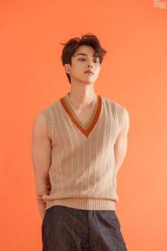 Song Kang is handsome in orange tones for 'GRAZIA' Korea! Song Kang is handsome in orange tones for 'GRAZIA' Korea! Song Kang Ho, Sung Kang, Asian Boys, Asian Men, Asian Actors, Korean Actors, Korean Celebrities, Celebs, Social Trends