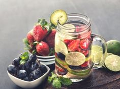 strawberry detox water recipe to lose weight