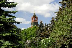 The Alarm (Nabatnaya) Tower - The Nabatnaya Tower seen from the Kremlin Gardens in Moscow