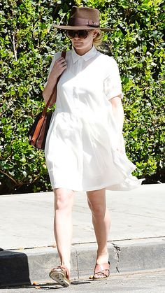 Even though Jennifer Morrison was incognito in oversize shades and wool fedora, her pristine white shirt dress stood out. A leather cross-body bag and Marni slides rounded out her ensemble.