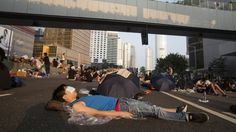 Spread News: Hong Kong protests: CY Leung urges crowds to leave...