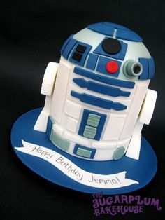 R2D2! star wars, r2d2, cake, rice krispies, white, blue, nerd, geek, sci fi, droid, amazing, epic, cool, birthday, alternative