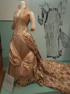 DAR Museum 1888 Evening Dress - CF Worth