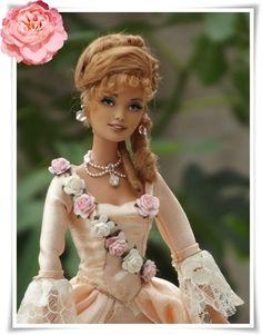 Angelique en écru - Ma maison de poupée Pretty Dolls, Cute Dolls, Beautiful Dolls, Barbie Style, Fashion Dolls, Fashion Dresses, Bjd, Barbie Gowns, Victorian Dolls