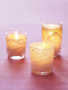 30 Different Ways to Embellish Plain Glass Votive Candle Holders - Saturday Inspiration & Ideas - bystephanielynn Diy Lace Votives, Lace Candles, Votive Candles, Candleholders, Vintage Candles, Beeswax Candles, Candlesticks, Glass Votive Candle Holders, Candle Holder Decor