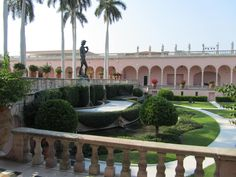 The gardens outside The Ringling Museum of Art / Sarasota, Florida USA.