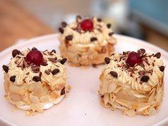 Baking Recipes, Dessert Recipes, Grandma Cookies, Cookie Box, Rice Krispies, Tart, Cake Decorating, Sweet Treats, Deserts