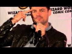 Karl Urban at Chicago Comic Con 2014