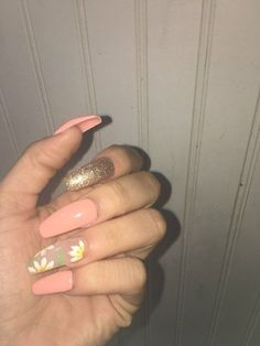 Make an original manicure for Valentine's Day - My Nails Acrylic Nail Designs, Acrylic Nails, Acrylics, Cute Nails, Pretty Nails, Hair And Nails, My Nails, Nails 2017, Sunflower Nails
