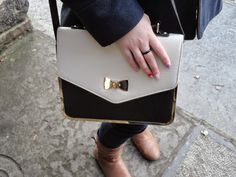 Clothes & Dreams: OOTD: Coat weather: Primark bag and nail art