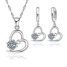 Sweet Valentine Pendant and Earring Set Shape Patterns, Types Of Metal, Fashion Earrings, Earring Set, Jewelry Sets, Valentines, Sterlingsilber, Pendant Necklace, Engagement