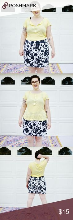Gap Pale Yellow Thin Button Up Tee Shirt Gap  Size Large  Cute button up semi-sheer tee. Real soft and comfy. Simple and casual, great for those festivals this summer.?  Love this look!  Model: Chelsea GAP Tops Tees - Short Sleeve