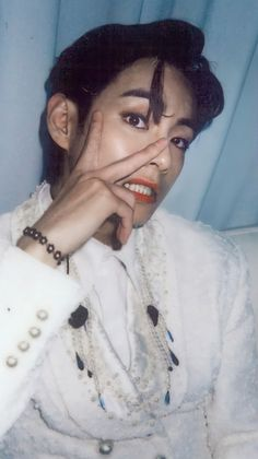 Daegu, Foto Bts, Bts Bangtan Boy, Jimin, Korea, V Bts Wallpaper, My Sun And Stars, Kim Taehyung, Bts Lockscreen