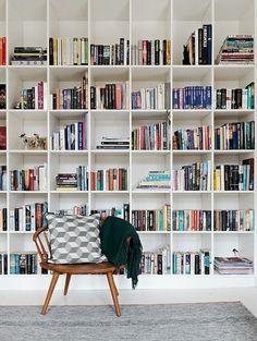 bibliotheque murale en casiers ouverts