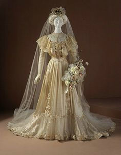 Wedding Gown | c. 1905