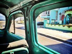 A personal story about Havana's vintage cars — Ana-Maria Bogdan
