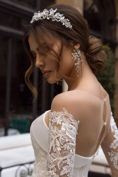 Bridal Dresses, Wedding Gowns, Dream Wedding, Wedding Day, Wedding Dress With Pockets, Bridal Makeup Looks, Bride Hairstyles, Ball Gowns, Hair Styles
