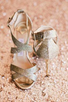 Wedding shoes idea; photo: Onelove Photography