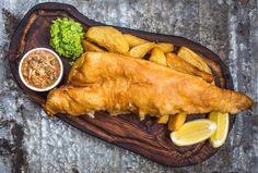 Classic Beer Battered Fish and mushy peas - Gordon Ramsay Pea Recipes, Fish Recipes, Seafood Recipes, Fish And Chips Batter, Beer Batter Recipe, Chef Gordon Ramsey, Beer Battered Fish, Battered Cod, Mushy Peas