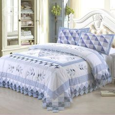 New Arrival Lovely Checks and Leaves Blue Color Hand-made 3-piece Bed in a Bag Sets  @bedding inn
