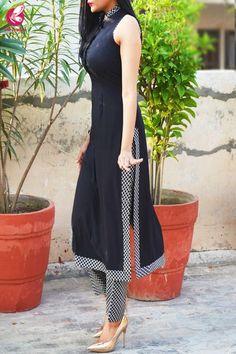 Buy Black & White Printed Crepe Kurti with Printed Crepe Palazzo Pant Online in India Kurti Sleeves Design, Kurta Neck Design, Sleeves Designs For Dresses, Simple Kurti Designs, Kurta Designs Women, Latest Kurti Designs, Indian Designer Outfits, Indian Outfits, Elegantes Outfit Frau