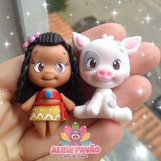 Polymer Clay Disney, Polymer Clay Dolls, Polymer Clay Charms, Polymer Clay Creations, Sculpey Clay, Fondant Tutorial, Fondant Toppers, Cute Clay, Cute Desserts
