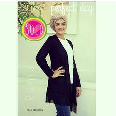 Sold Out  +962 798 070 931 +962 6 585 6272  #Reine #BeReine #ReineWorld #ReineWonderland #Fashion #Fashionista #FashionAddict #Shopoholic #Shopping #OnlineShop #InstaReine #InstaFashion #InstaReine #LoveReine #FashionSymphony #Amman #BeAmmam #GoLocalJO #Clothing #Apparel #Cardigan #Turban #HijabAddict #HijabFashion #Hijabers #FringeCardigan #Fringe #FallFashion