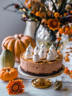 Halloweenin Suklaa-lakujuustokakku (Ve) | Annin Uunissa Salted Caramel Chocolate Cake, Chocolate Caramels, Halloween Backen, Oreo Ice Cream, Natural Nursery, Oreo Brownies, Most Delicious Recipe, Trifle, Parfait