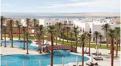 Отель Hilton Nubian Resort расположен, на пляже западного побережья Красного моря, международный аэропорт Марса-Алам находится в 30 км от отеля. Отель Hilton Nubian Resort окружен 4 открытыми бассейнами. К услугам гостей номера с видом на Красное море.  В отеле работает несколько кафе и ресторанов. В главном ресторане можно попробовать пиццу прямо из печи или отведать очень вкусные салаты. #путешествия  В отеле: 250 номеров. Номера оборудованы балконом и телевизором, кондиционером...