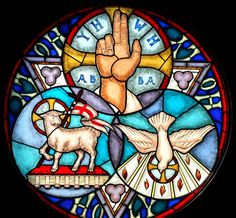What does the Bible say about the Trinity / Triunity? Is the doctrine of the Trinity found in the Bible? How is the trinity not tritheism? Christian Symbols, Christian Art, Catholic Art, Religious Art, Religion, Trinity Symbol, Trinity Knot, Saint Esprit, Holy Ghost