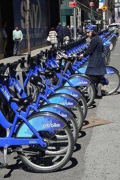 An Stationen wie diesen kann man sich eines der vielen Citi Bikes leihen