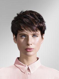 Vanessa Paradis a aussi eu sa période cheveux courts