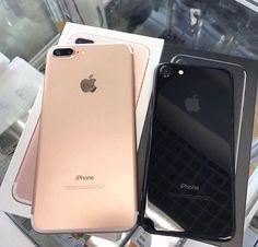 iPhone 7 plus rose gold & iPhone 7 jet black Cool Iphone Cases, Iphone 7 Plus Cases, Mobiles, Telephone Iphone, Accessoires Photo, Apple Inc, Tablets, Cute Cases, Coque Iphone