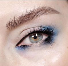 Eye makeup, blue eyeshadow, smoky eye, beautiful eye makeup, beauty, close up shot