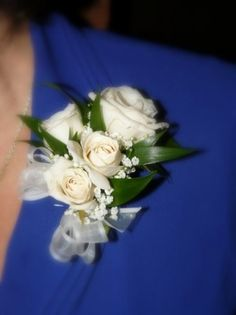 Mothers/Grandmothers' corsages. Maybe just three flowers instead of the 4 here. We don't want them too heavy.