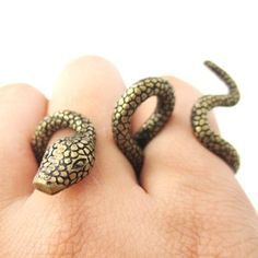 Adjustable Realistic Snake Double Finger Animal Ring in Brass
