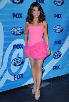 Paula in pink! :) Really love the dress!