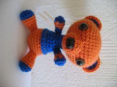 Ravelry: virkkaaja's scott the bear Ravelry, Dinosaur Stuffed Animal, Bear, Projects, Animals, Log Projects, Blue Prints, Animales, Animaux
