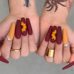 23 Sunflower Nails That Will Make Everyone Jealous | StayGlam