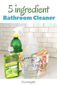 How to make Easy 5 ingredient Bathroom Cleaner