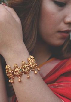 This item is unavailable- This item is unavailable Excited to share the latest addition to my shop: Lakshmi Temple work Gold Tone Floral Temple Bracelet - Gold Bangles Design, Gold Jewellery Design, Gold Jewelry, Antique Jewellery, Light Weight Gold Jewellery, Gold Temple Jewellery, Quartz Jewelry, Wooden Jewelry, Handmade Jewellery